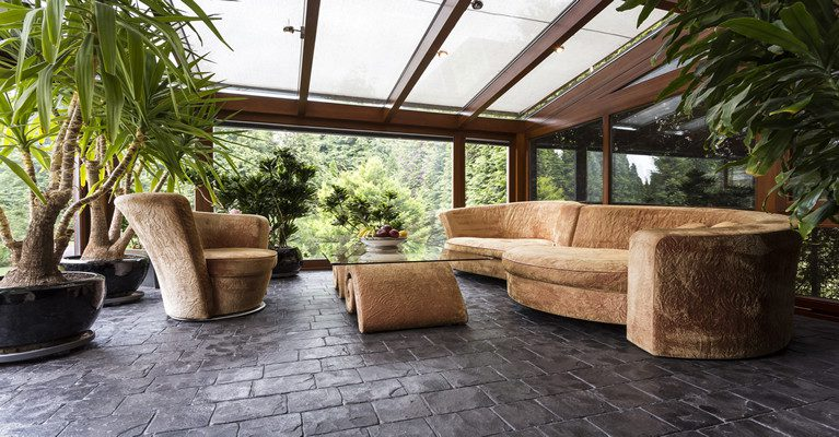 Lean-to glass conservatory